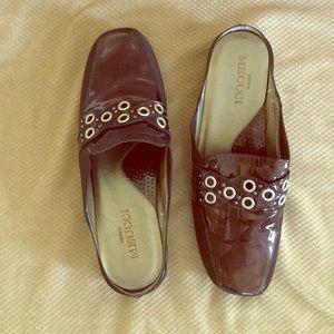 Italy Sesto  Meucci brown patent leather slides